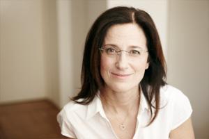 Dr Martine Van Leeuwen